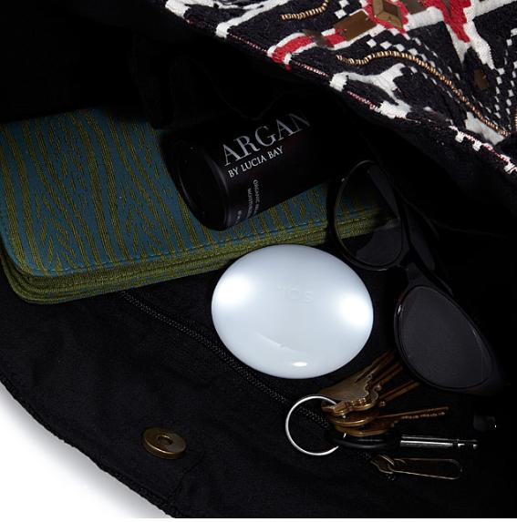handbag illuminator uncommongoods.com